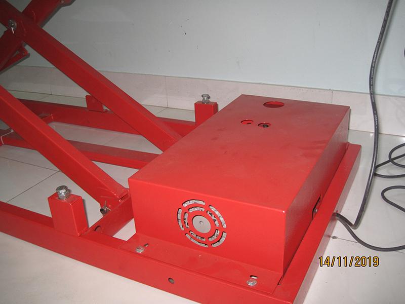 Bàn nâng xe máy dùng điện thủy lực - Đặt nổi - VNS - LIFT200 - N
