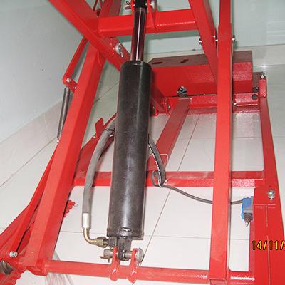 Động cơ thủy lực của bàn nâng xe máy
